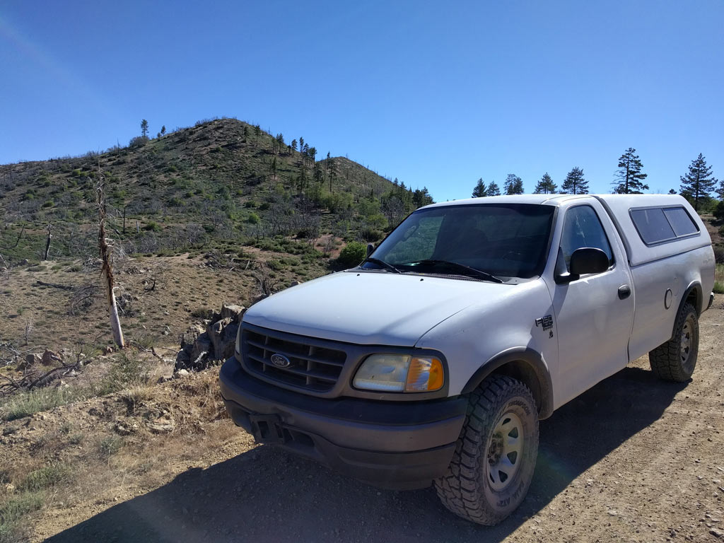 2003 Ford F150 7700 4x4 Off Road Camper and tow vehicle